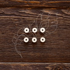 Чипборд. Подложки для анкеров круг, 6 элементов, Указан размер 1 элемента, Отверстие 2,5 мм, размер 0,9 × 0,9 см.