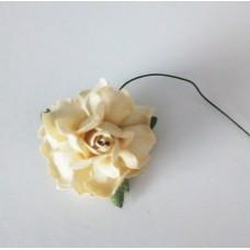 Цветок Розы с бархатными листьями, цвет кремовый 4 см, 1 шт.