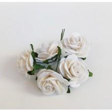 Цветок Розы, цвет белый 2,5 см, 1 шт.