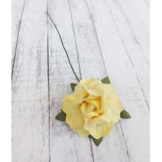 Цветок Розы с бархатными листьями, цвет жёлтый 3 см, 1 шт.