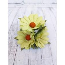 Цветок Ромашка, цвет салатовый 4 см, 1 шт.
