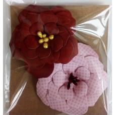 Набор бумажных цветочков 6х6см, (2 шт. в наборе). Цвет бордовый и розовый.