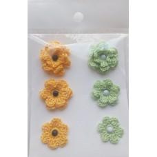 Набор вязаных цветочков 6 шт., 3 вида. Цвет желтый и светло-зеленый.