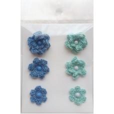 Набор вязаных цветочков 6 шт., 3 вида. Цвет серо-голубой и мятный.