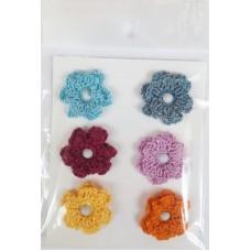 Набор вязаных цветочков № 1, 6 шт., двуслойные. Разноцветные.