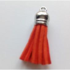 Подвеска кожаная кисточка цвет морковный 38 мм