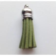 Подвеска кожаная кисточка цвет оливковый 38 мм
