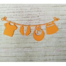 """Вырубка """"Детская подвеска с одеждой"""" 11.2 * 4.6 см. Цвет оранжевый"""
